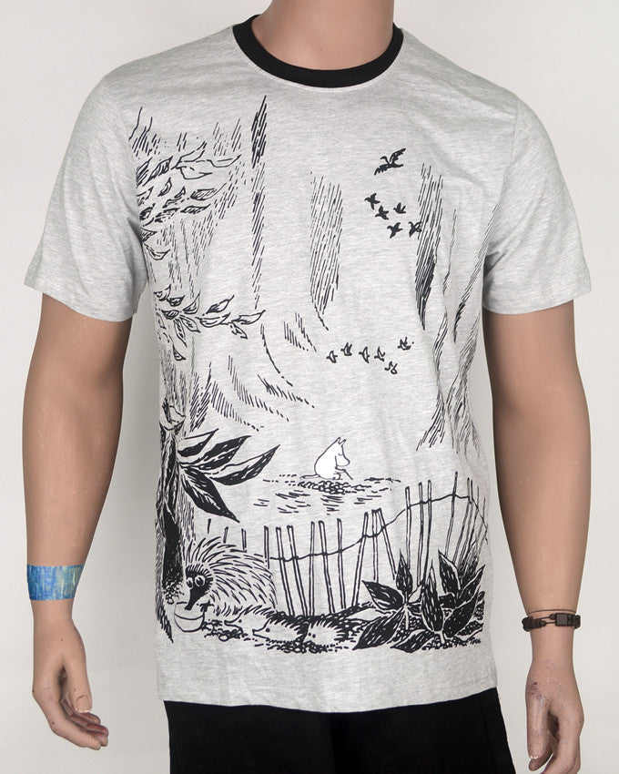 Grey with Black Collar Birds Flying T-Shirt - Large