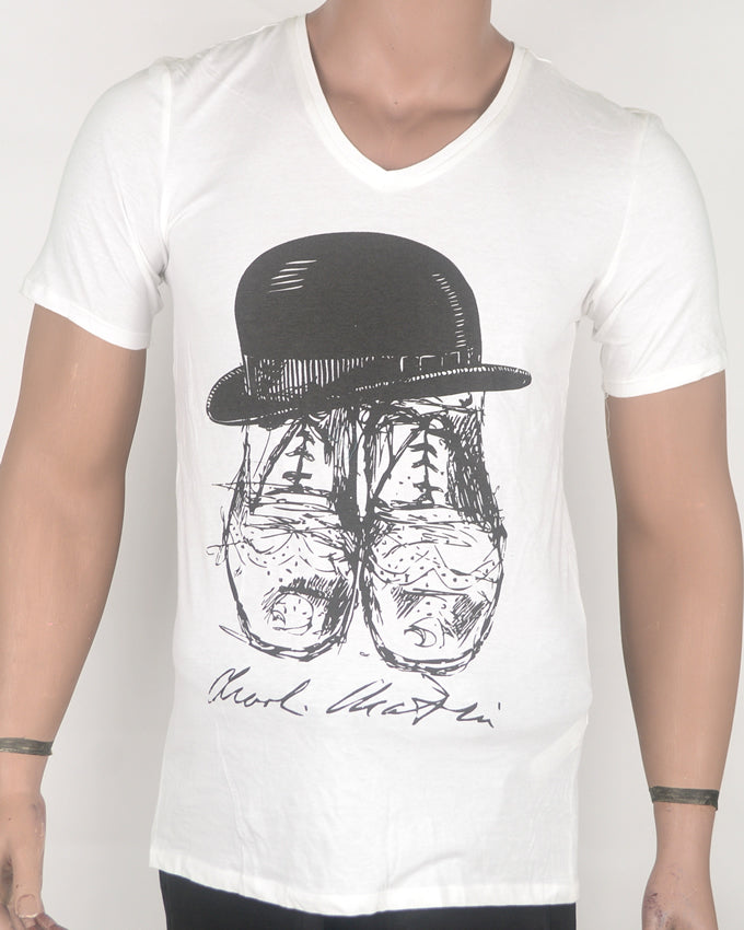 Boots in Hat V-neck White T-shirt - Medium