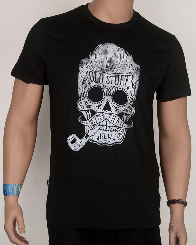 Old Stuff Skull Print Black T-Shirt  - Large