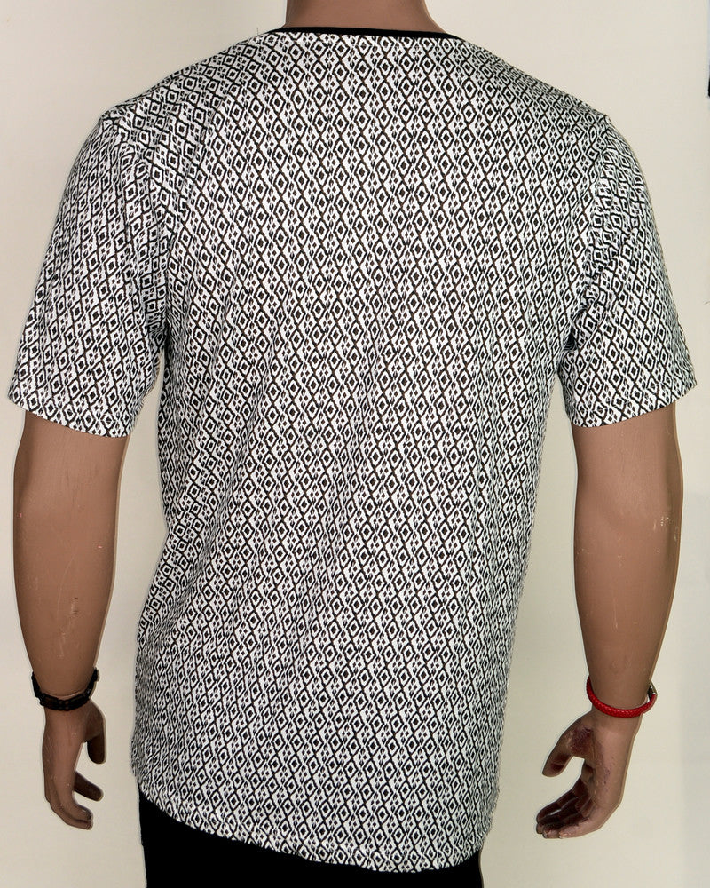 Black Pattern with Black Collar - XL