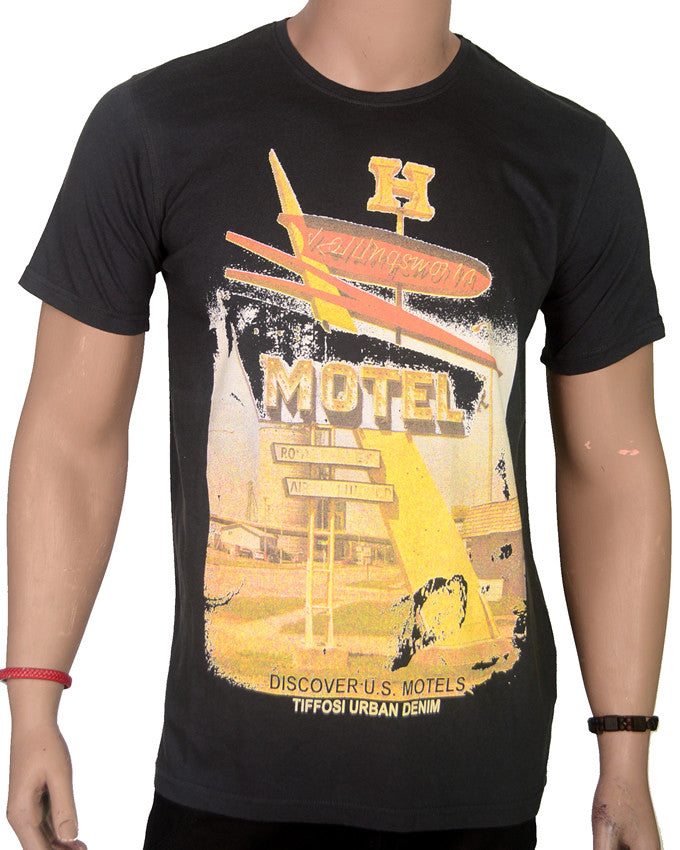 H Motel - T-Shirt - Large
