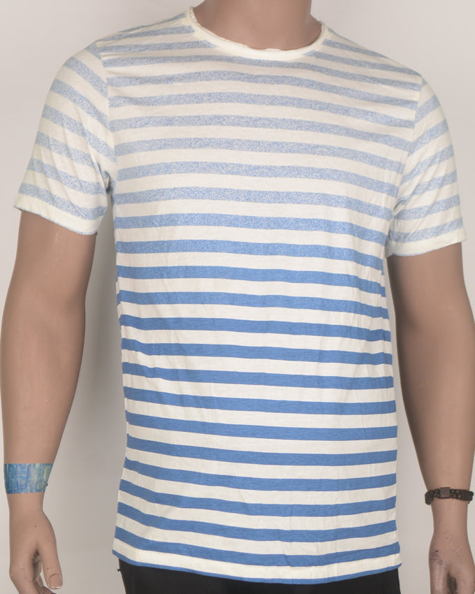 Blue Stripes Across White T-shirt - Large