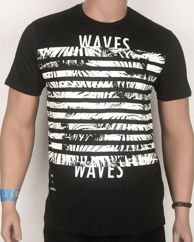 Waves Print Black T-shirt - Large