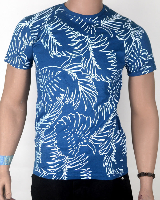 Blue Leaves Pattern - T-shirt - Small