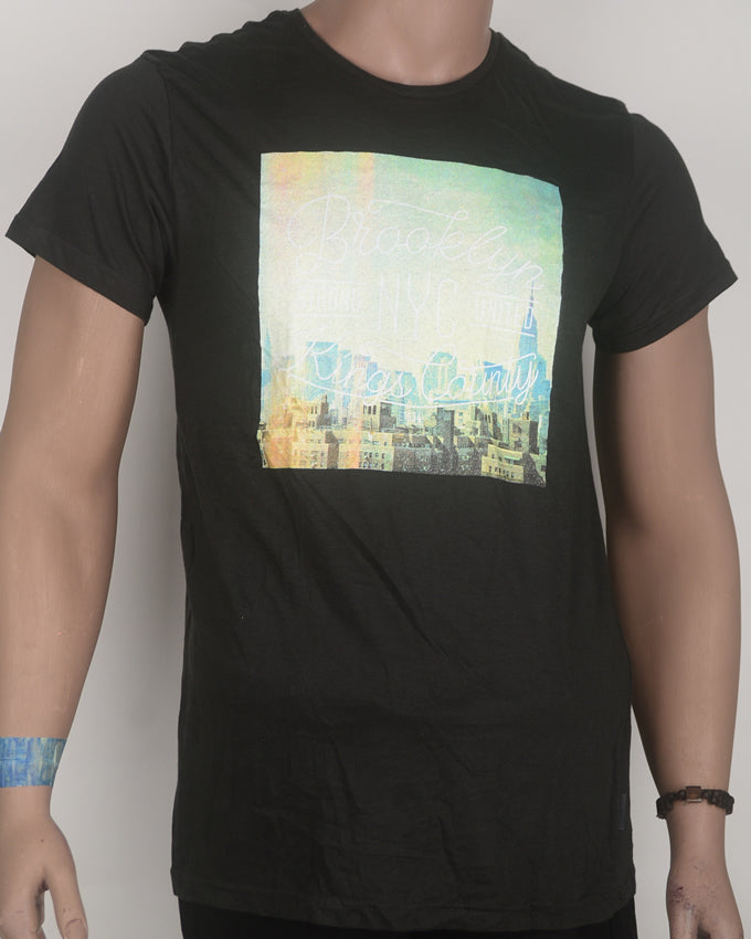 Brooklyn Square Print Black T-shirt - Medium