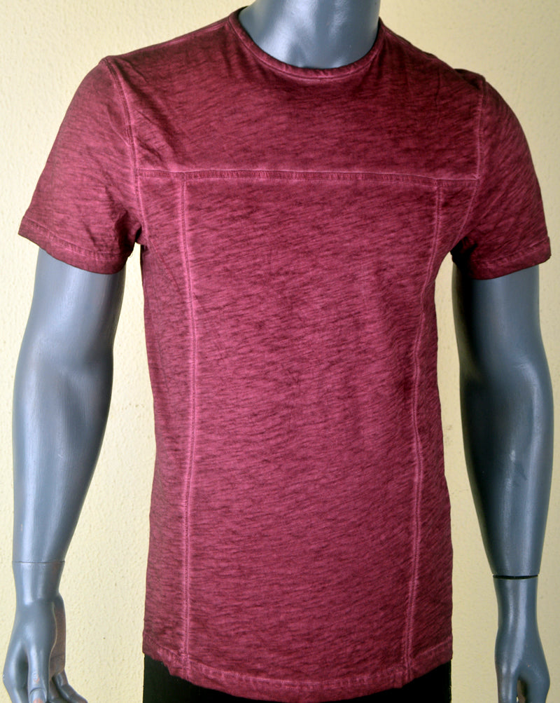 Faded plain Maroon w. Lines - Medium