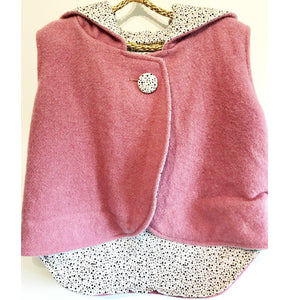 Vest - Pixie Hood - Mauve with Spotty Lining