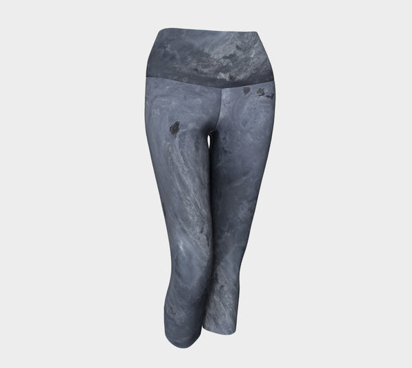 Blackout Yoga  Capri