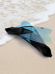 Seac Fly Kids Swimfins on a beach