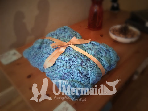 Mermaid Blanket in Turquoise by Uramermaid