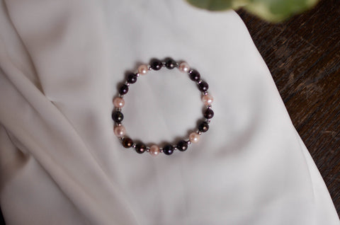 Stretchy Black Pearl Ring