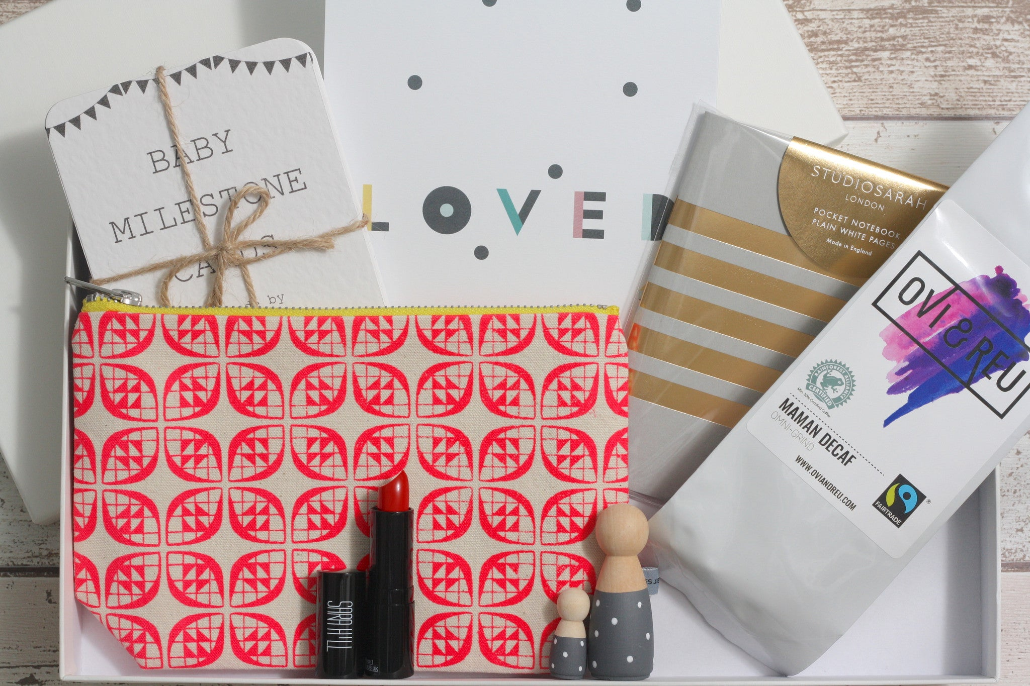 The Ovi and Reu Parisian Collection gift box for new mums and babies