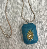 Makers Mix Concrete Jewelry and Druzy Kit gold pendant
