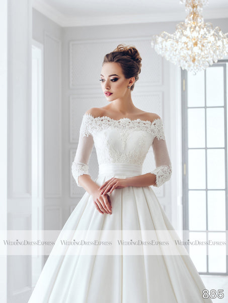 Ballgown Wedding Dress with off the shoulder lace sleeves