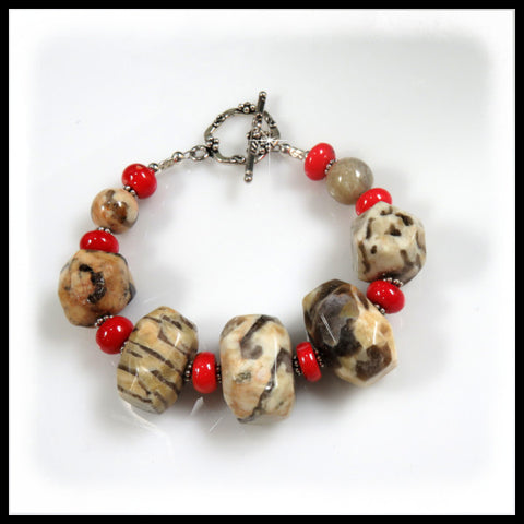 Fieldpath Graphic gray & cream chunky bracelet with red coral.