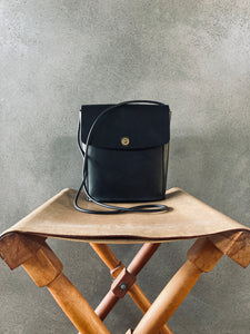 Portland Made | MG Leather Bucket Flap (black)