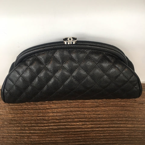 CHANEL Caviar Quilted Timeless Clutch