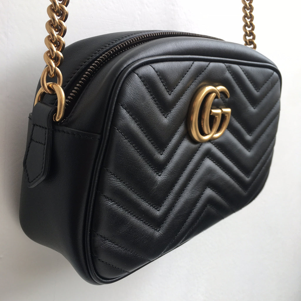 b48c2d3fe07 ... Gucci GG NWT Small Marmont Matelasse Leather Camera Bag ...