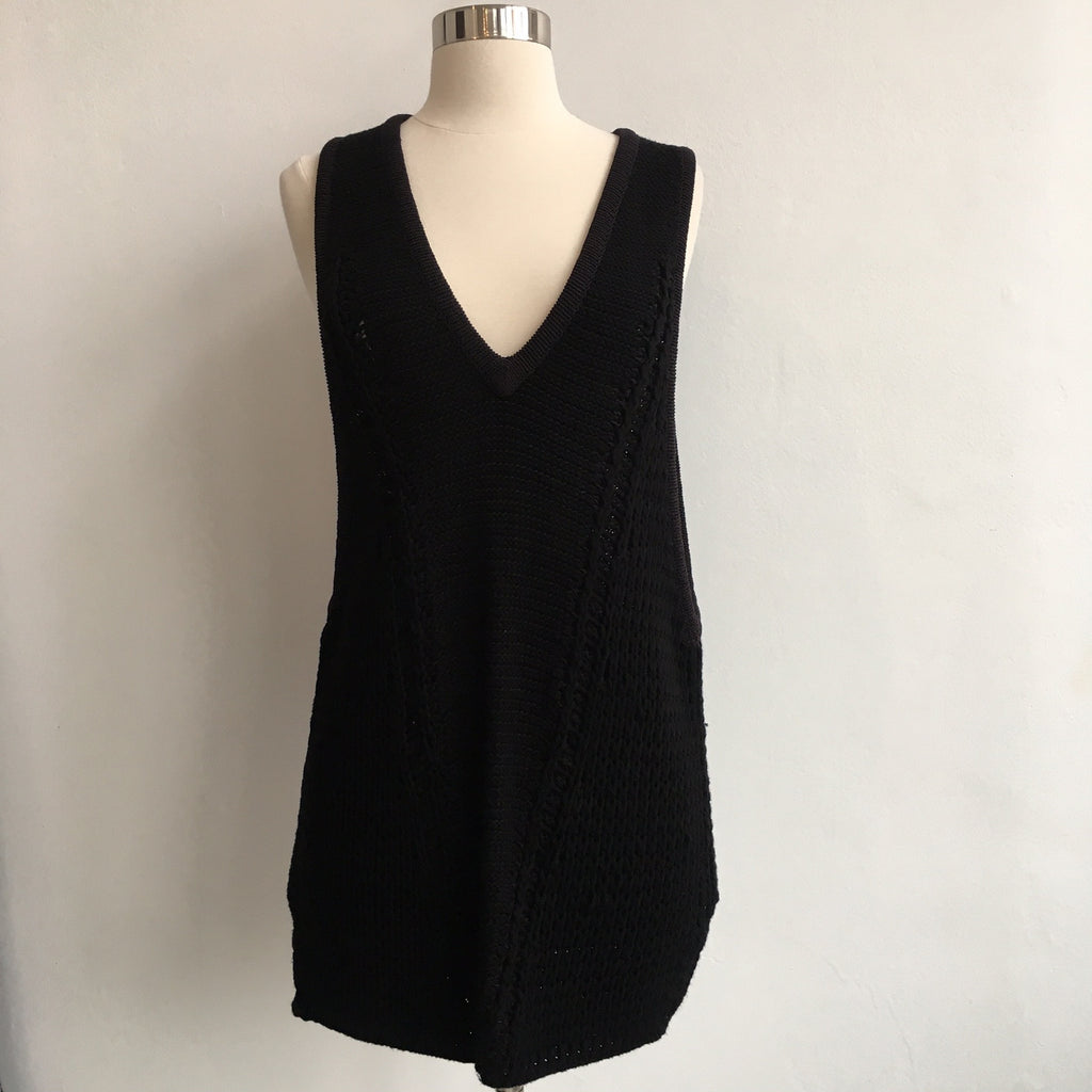 Helmut Lang Sleevless Boxy Black Sweater