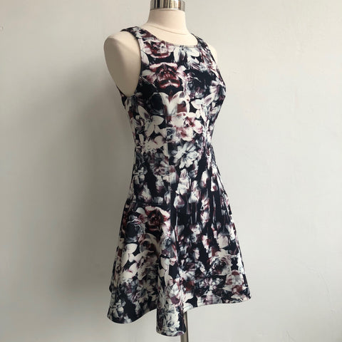 Addison NWT Floral Flare