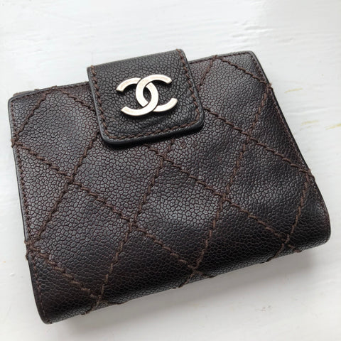 CHANEL Diamond Stitched Brown Wallet (2006)
