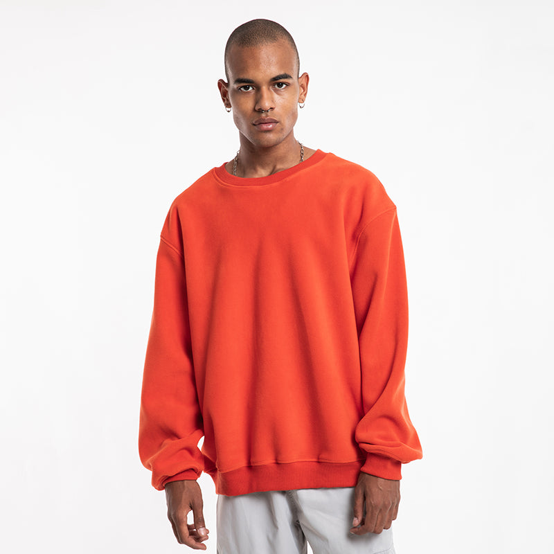 ESSENTIAL FLEECE SWEATSHIRT