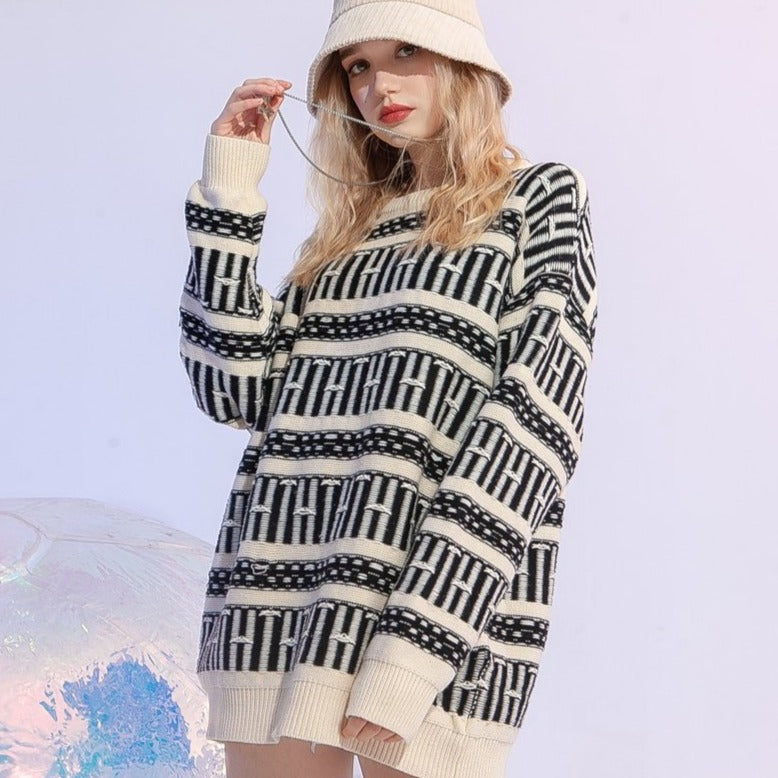 KEY SWEATER