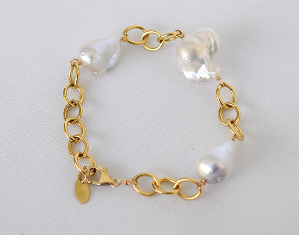 Exclusive, Gold Link Bracelet with Large Nucleated Baroque Pearls, One-of-A-Kind - MILK VELVET PEARLS