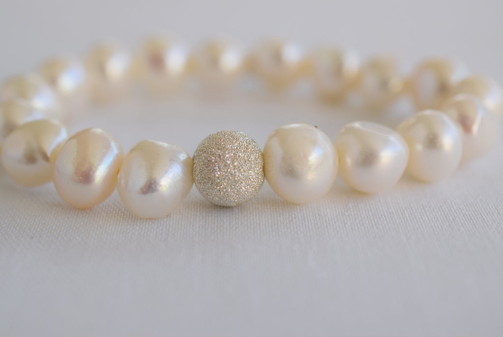 Silver Stardust with White Pearls - MILK VELVET PEARLS