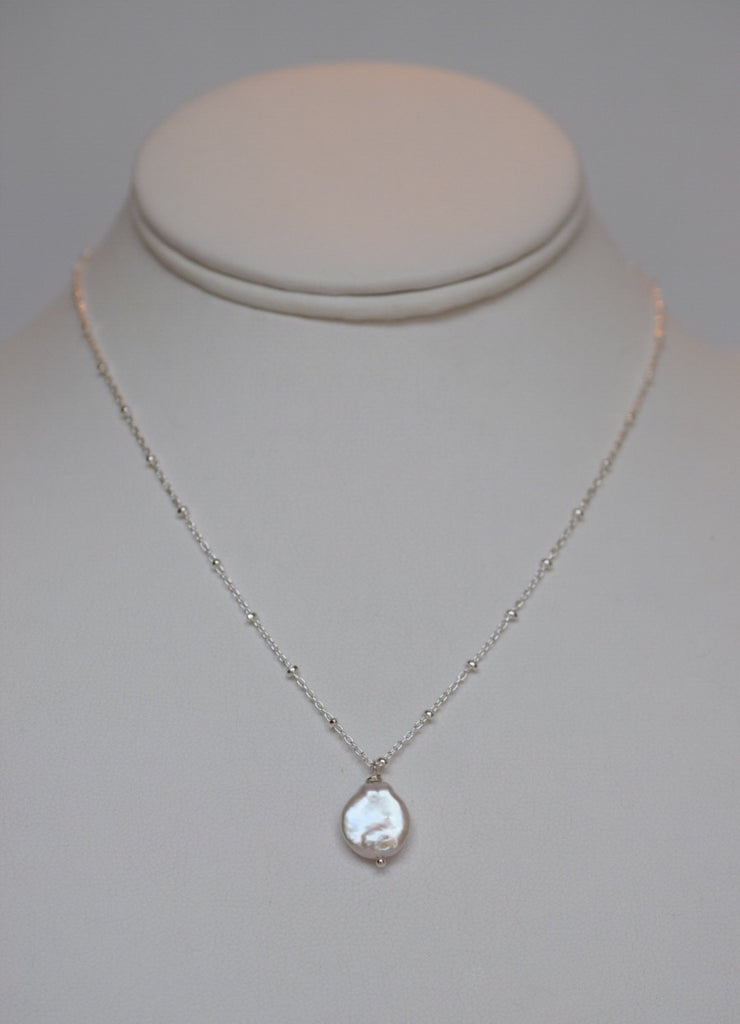 Dainty Coin Pearl Necklace - MILK VELVET PEARLS