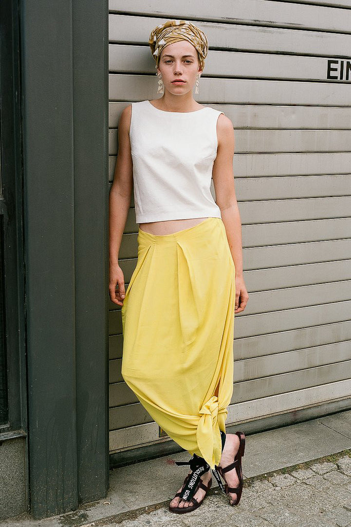 LONG DART SKIRT