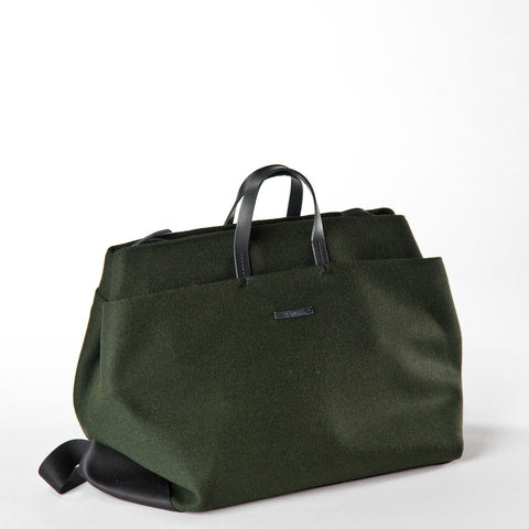 Haenska Weekender Bag in Green Felt
