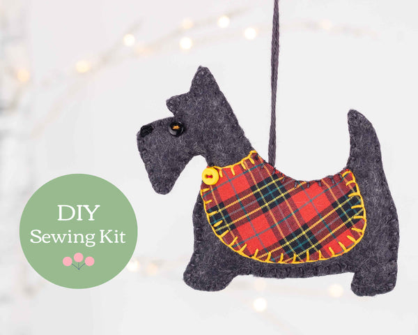 Angus the Scottie dog felt sewing kit
