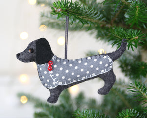 Felt Dachshund ornament, Dog Christmas ornament, Clara