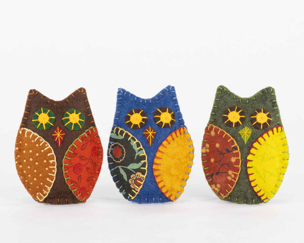 Autumn Owl felt ornaments for Halloween and Fall decorating