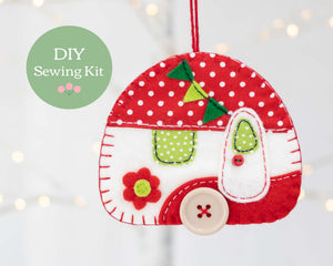 Vintage caravan felt ornament kit