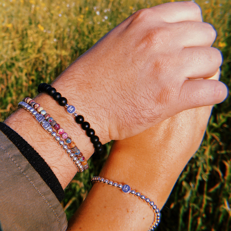 ARMBAND SET COUPLE - SILVER LETTER