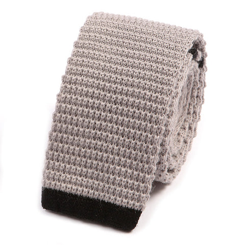 Chalk Tip Wool Knit Tie