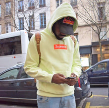 Load image into Gallery viewer, Sup box logo Hoodie