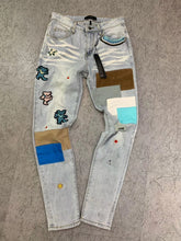 Load image into Gallery viewer, AMRI BEAR PATCH DENIM - LIGHT BLUE