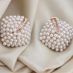 Rhinestone Pearl Stud Earrings for Women