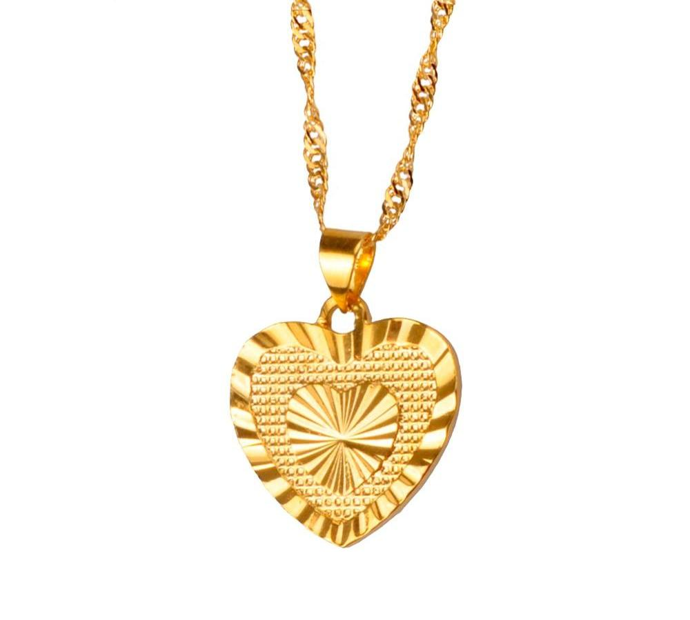1.8cm Heart Pendant and Necklaces Romantic Jewelry Gold