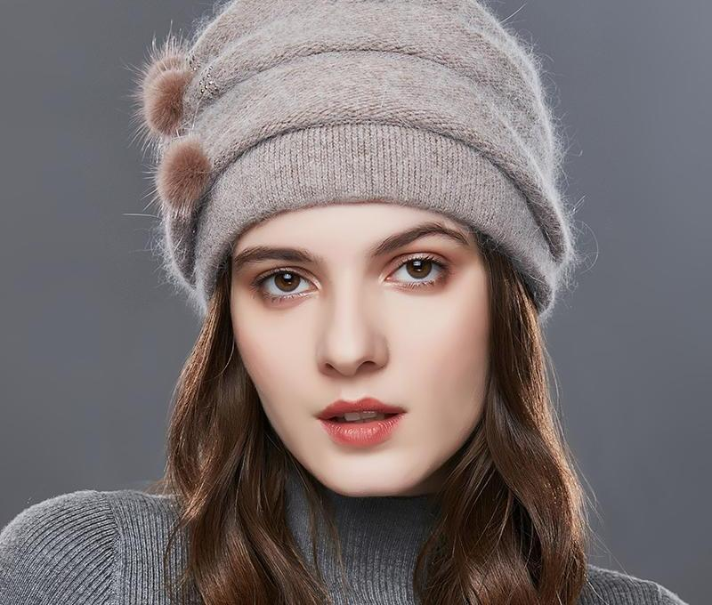 Winter Stripe Knitted Hat With Rhinestones