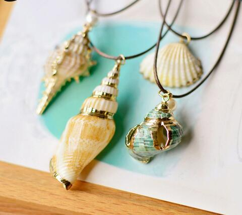 Starfish Conch Seashell Pendant Necklace