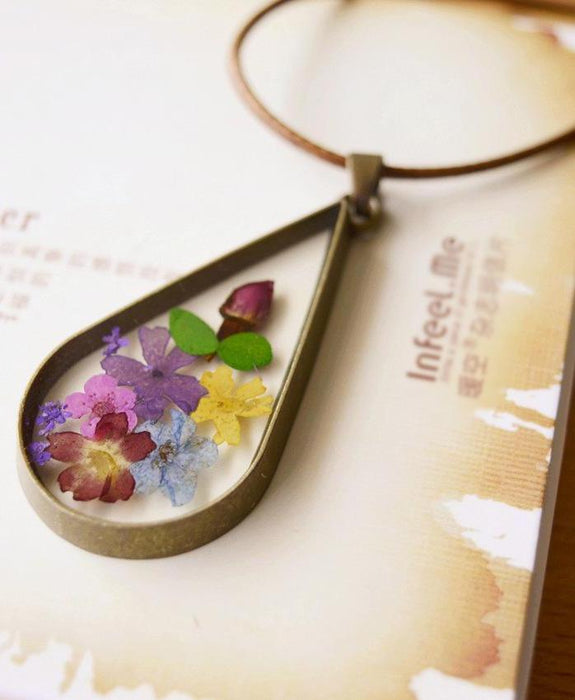 Dried Flowers Necklaces
