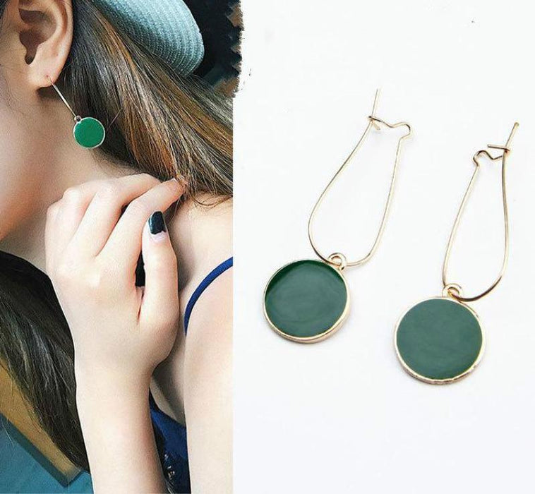 Hot Feme Round Earrings