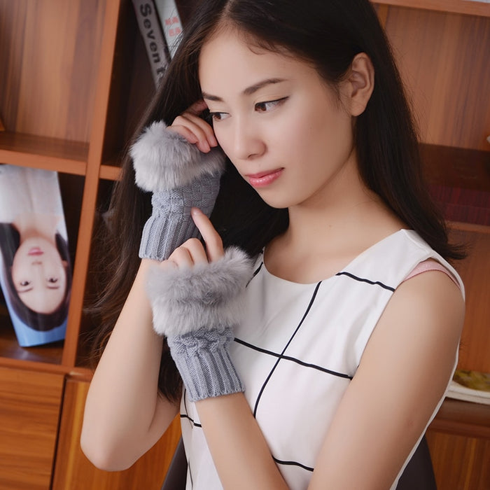 Knitted Rabbit Fur Gloves