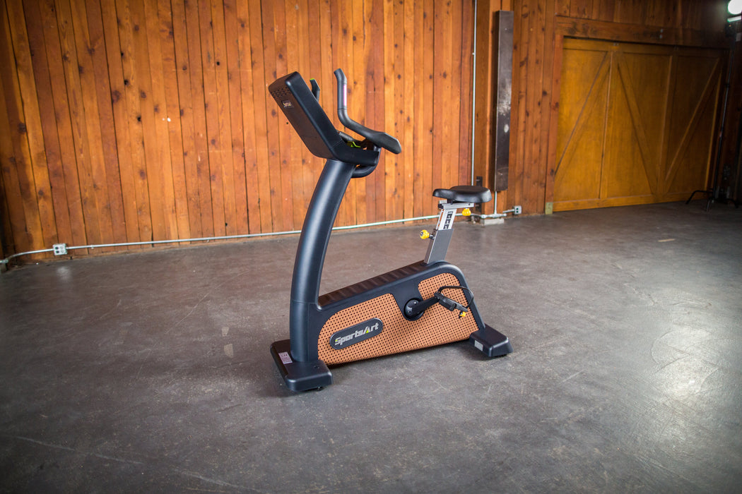 SportsArt C576U Eco-Natural Upright Cycle
