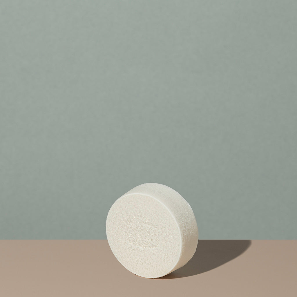 Hudson Made co beard and shave original white soap juniper myrrh out of the box white round bar soap with embossed logo