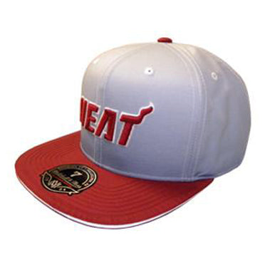 Mitchell & Ness Miami HEAT Fade Two Tone Fitted